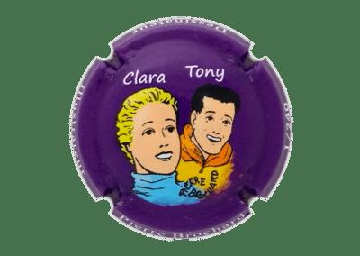 capsule à l'effigie de Clara et Tony numérotée bouteille de champagne comtesse la fée 100 ans Pierre Brochard